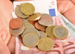 Banknoty i monety